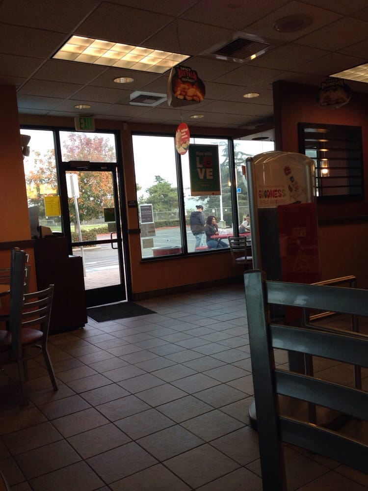 Mcdonald S 32 Photos Amp 60 Reviews Fast Food 300 E Louise Ave Lathrop Ca Restaurant