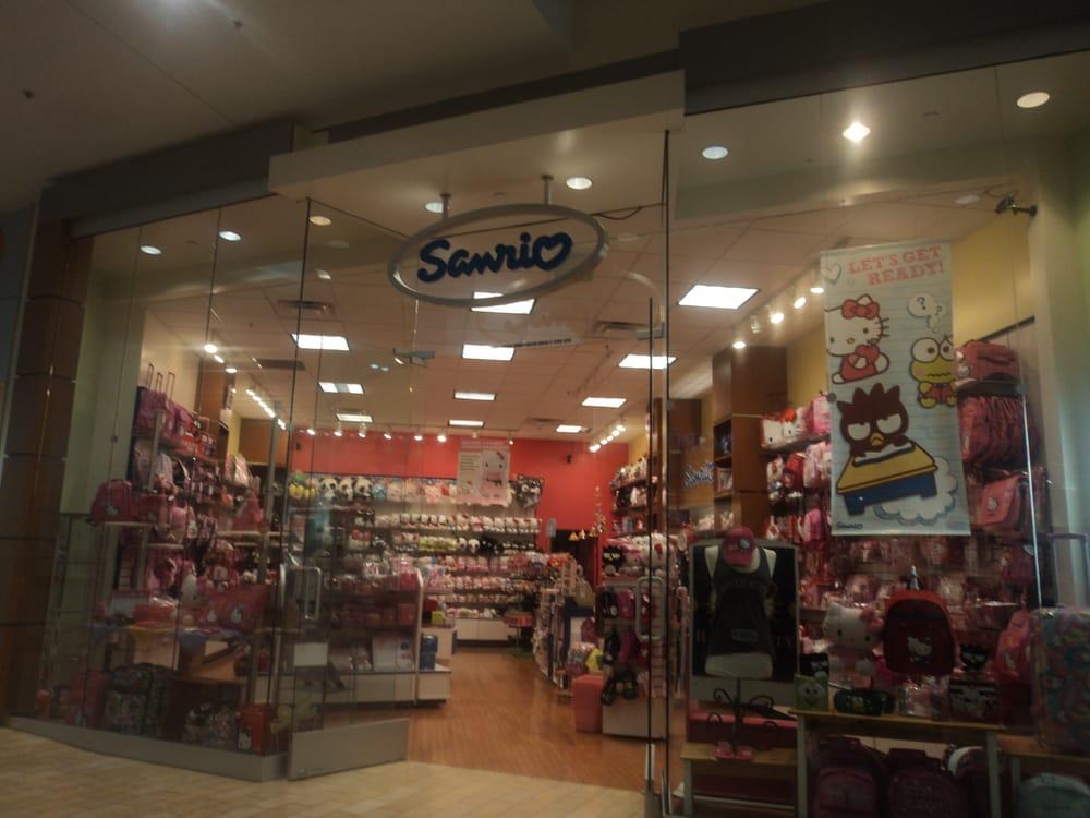 Sanrio CLOSED 11 Photos u0026