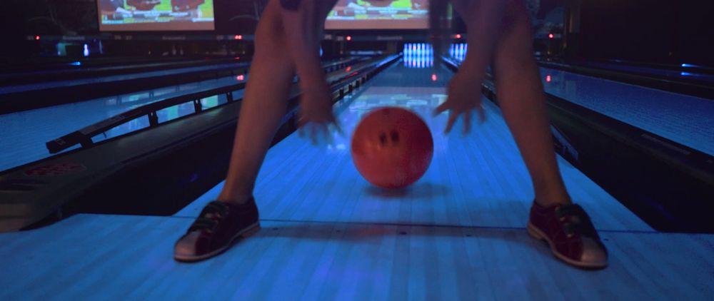 Ten Down Bowling & Entertainment: 2400 NE Diamond Lake Blvd, Roseburg, OR