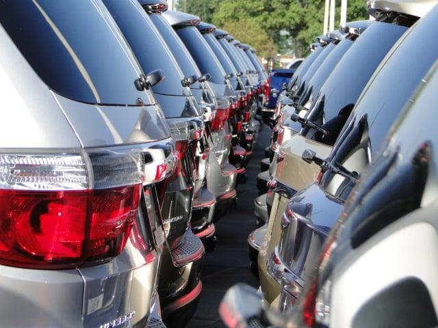 Hall Chrysler Dodge Jeep Ram Lukket Bilforhandlere