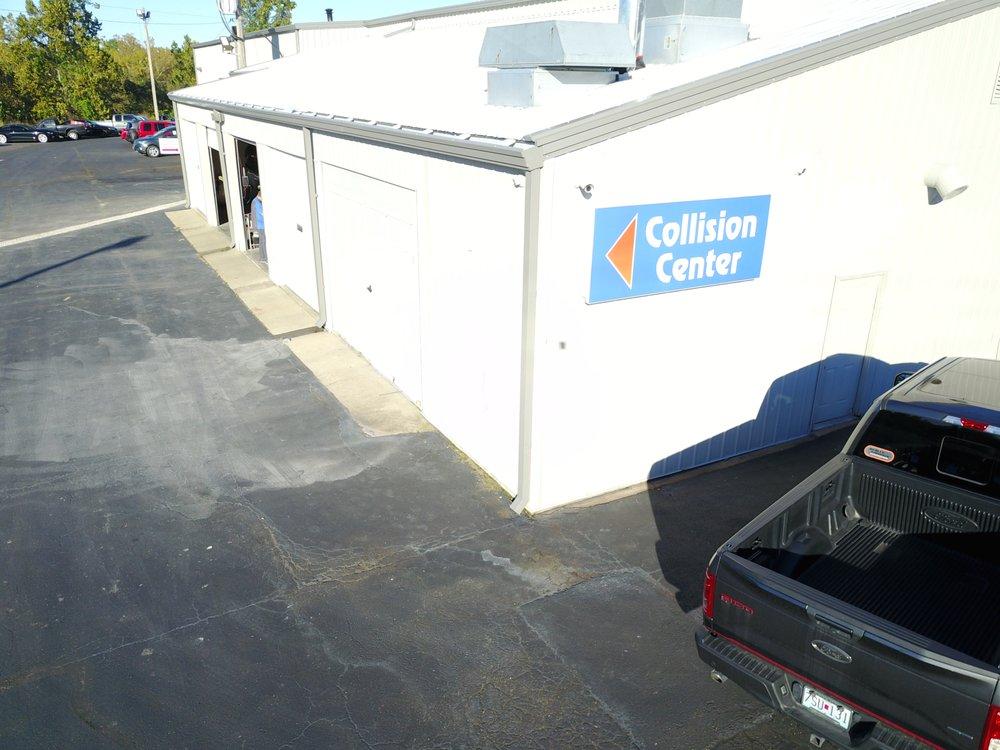 Auto Plaza Collision Center: 4605 State Rd Y, De Soto, MO