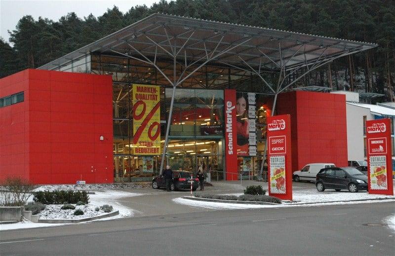 43915b1c14c5ee Schuh-Marke - Shoe Stores - Industriestr. 2