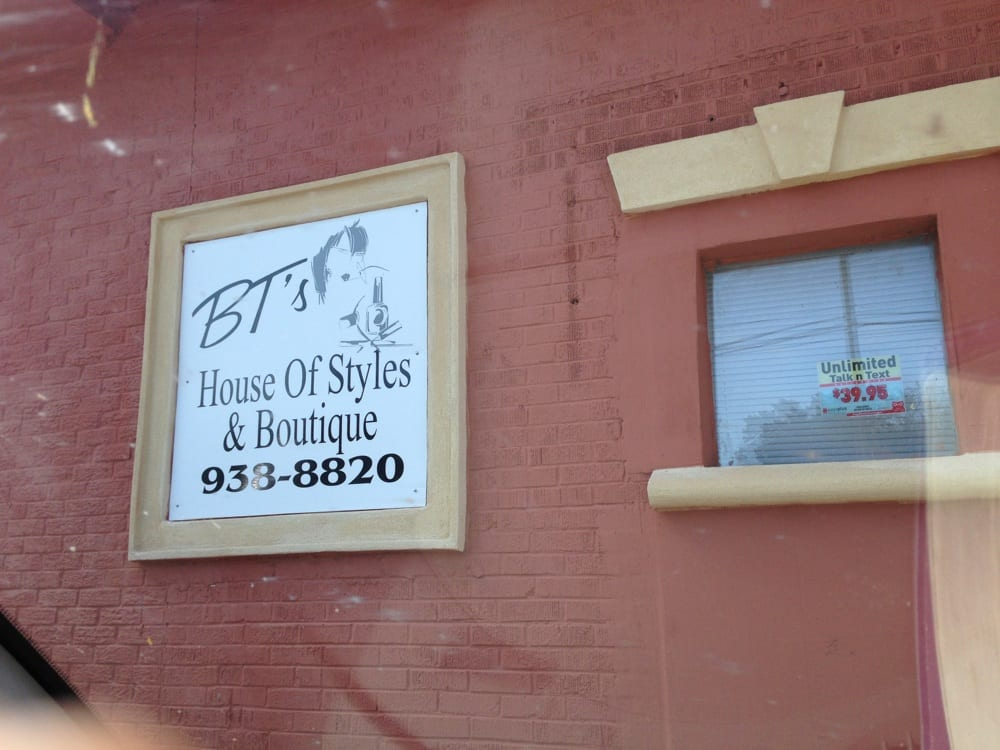 BTs House Of Styles Boutique Hair Salons 102 W Bartlette St