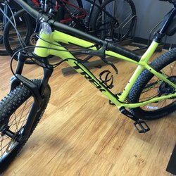 Trek Bicycle Store - Bikes - 7576 Voice Of America Dr, West