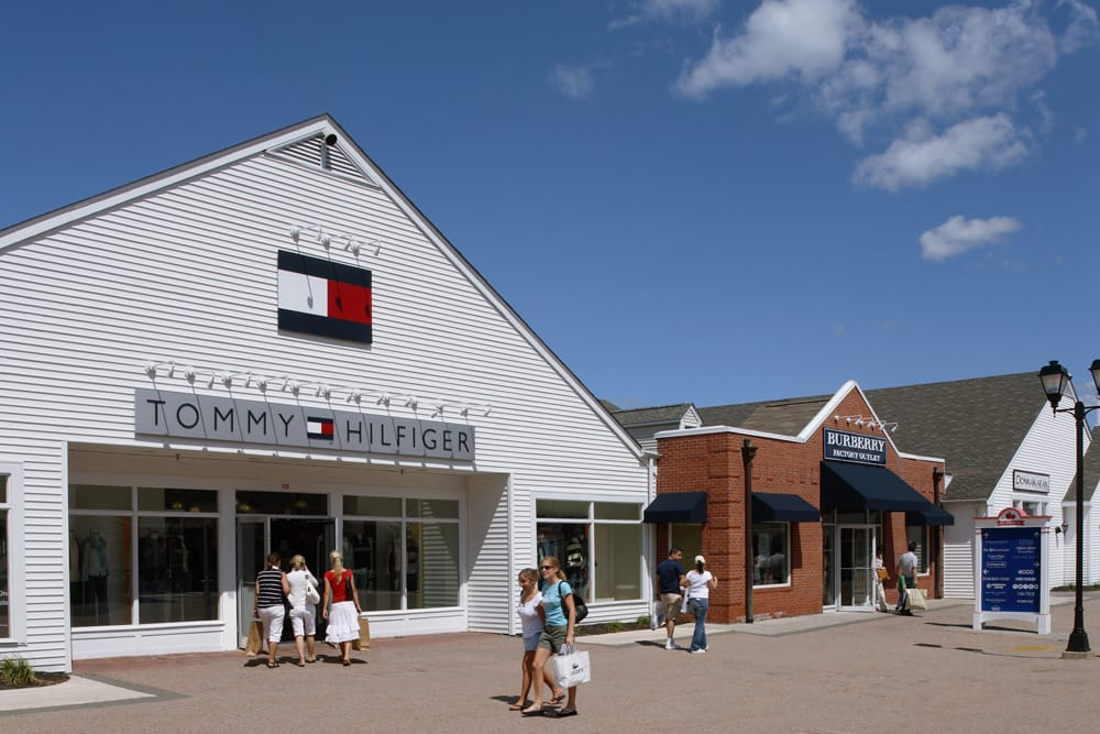 how to go to woodbury outlet from nyc