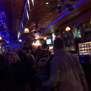 Gay bars in desmoine iowa