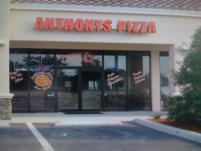 Mount Dora (FL) United States  city photos gallery : Pizza Pizza 17195 US Hwy 441, Mount Dora, FL, United States ...