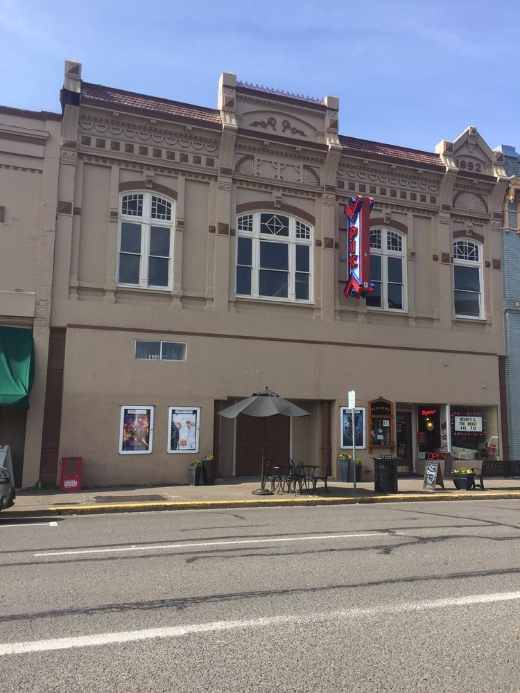 Pix Theatre: 321 2nd Ave SW, Albany, OR
