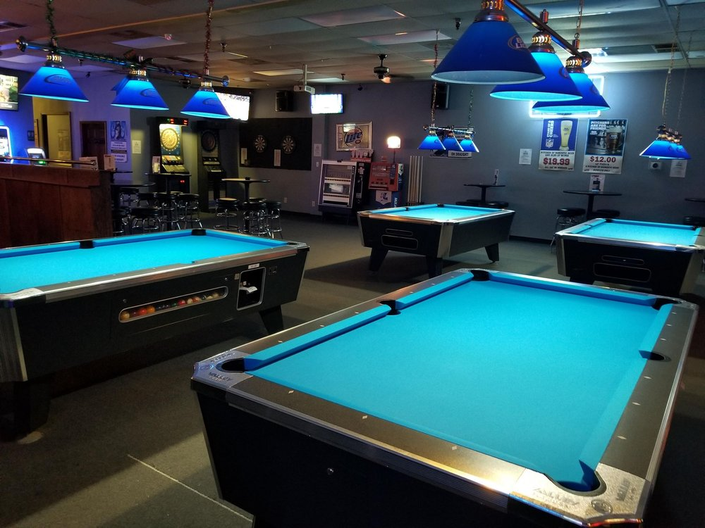 Schmoll's 8 Ball: 4545 Gravois Village Plz, High Ridge, MO