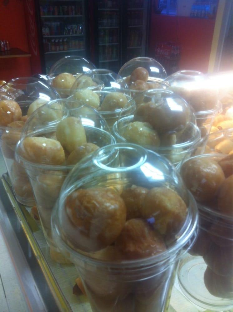 San's Daylight Donuts: 221 S Main St, Waurika, OK