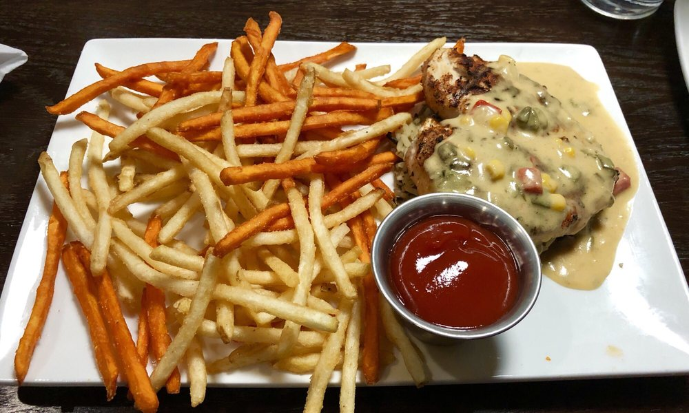 Double Overtime Grill: 222 Potomac Blvd, Mount Vernon, IL