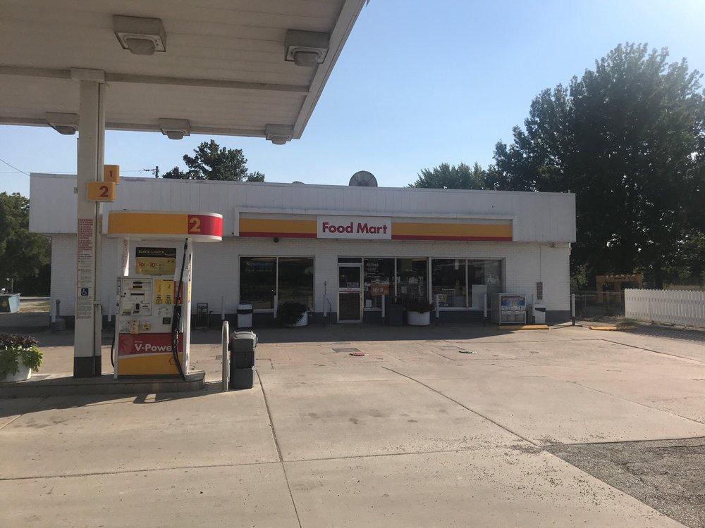 Raymond Shell Service & Food Mart: 405 S Obannon St, Raymond, IL