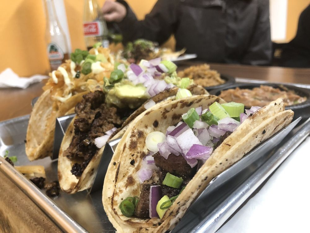Real Taste Food Truck: 909 Allegheny St, Jersey Shore, PA