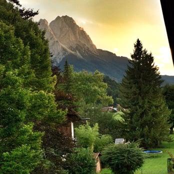 Garni Hotel Alpenhof 11 Photos Hotels Ehrwalder Str 7