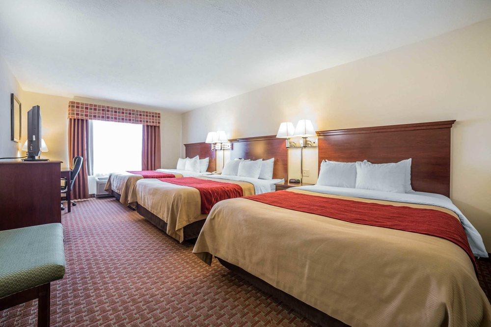 Comfort Inn & Suites: 2622 Commercial Way, Rock Springs, WY
