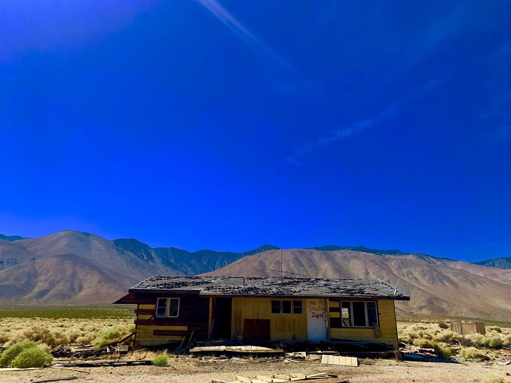 Fossil Falls: Cinder Rd & Hwy 395, Little Lake, CA
