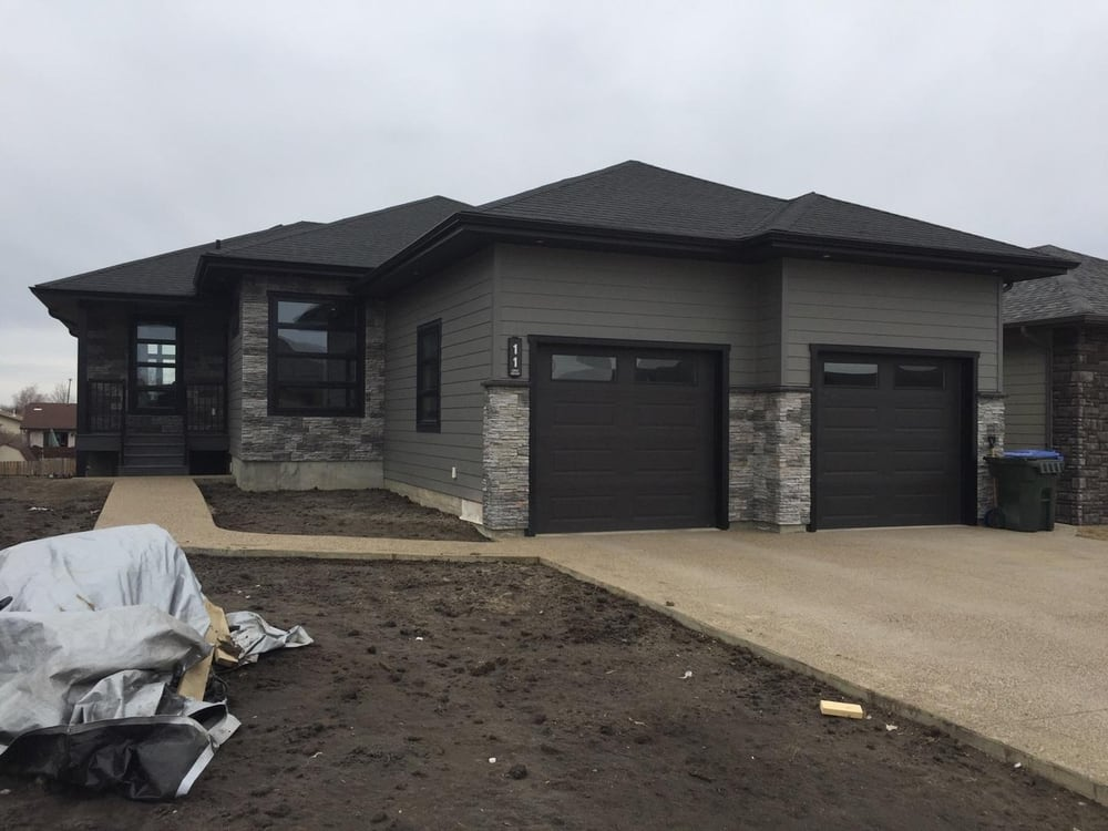 Photo Of Jb Exteriors Prince Albert Sk Canada Aged Pewter Cement Board