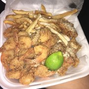 Snappers fish chicken 12 photos 15 reviews seafood for Snappers fish chicken