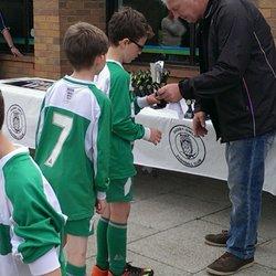 Royal football amateur shall