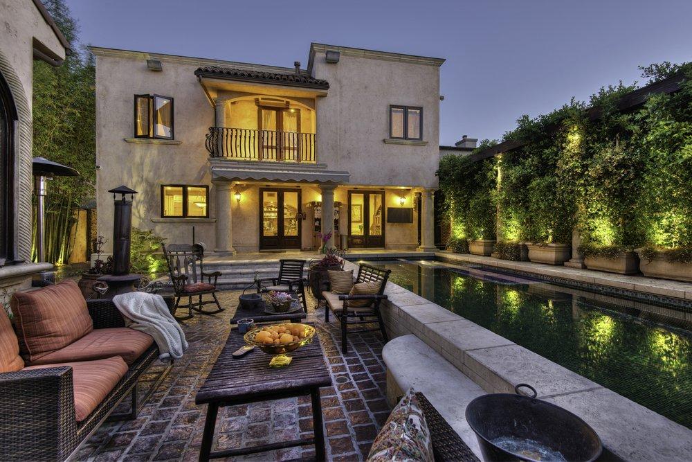 Vacation Inn LA