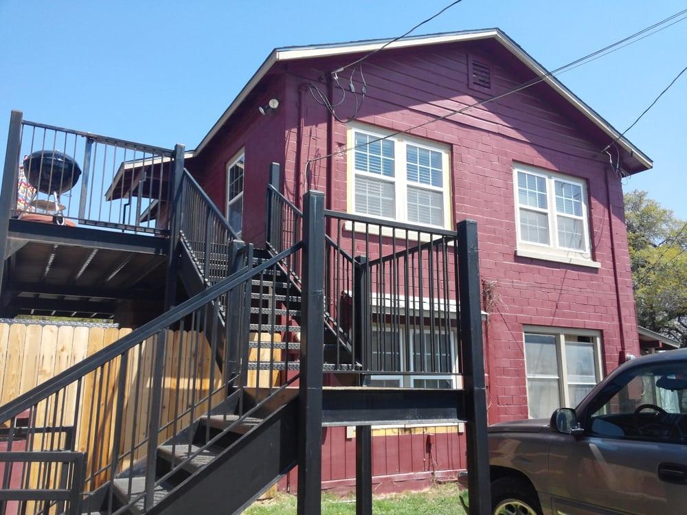 Blanco County Inn: 902 Main St, Blanco, TX