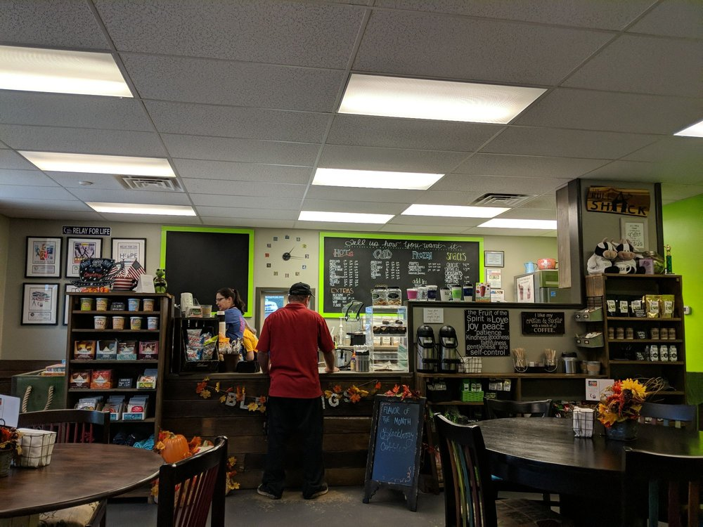 The Bull Shack Coffee & Smoothies: 201 Southpoint Dr, Livingston, TX
