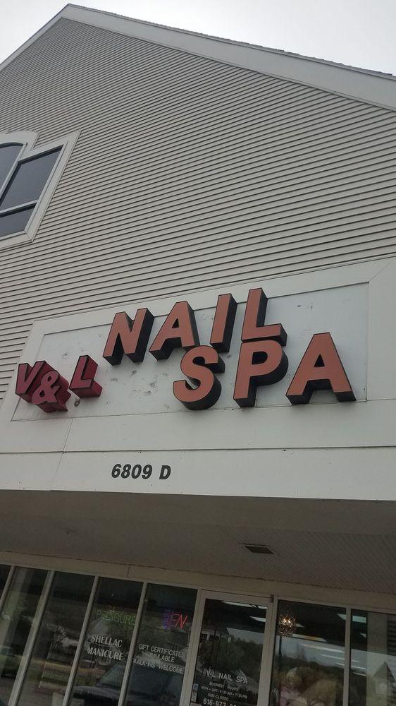V & L Nails: 6809 Cascade Rd, Grand Rapids, MI