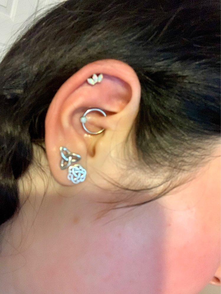 Body Shop Tattoos & Piercings: 2146 Gause Blvd E, Slidell, LA