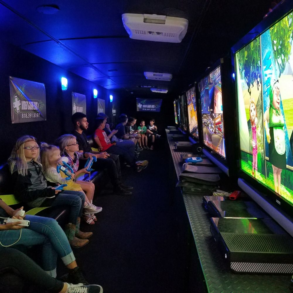Video Game Bus: Northridge, CA
