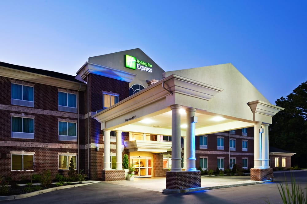 Holiday Inn Express Carrollton: 147 Hospitality Way, Carrollton, KY