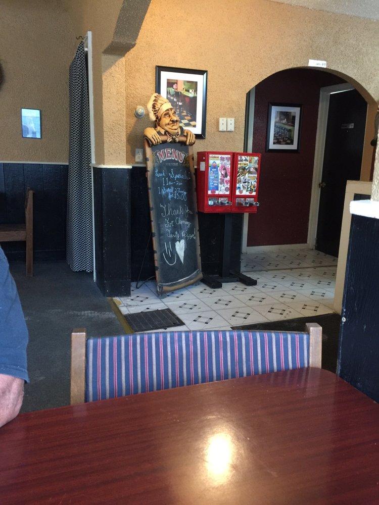 Tasty Pizza: 515 W Union St, Waterloo, IN