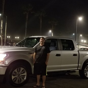 Ken Grody Ford Carlsbad >> Ken Grody Ford 75 Photos 356 Reviews Car Dealers 5555 Paseo