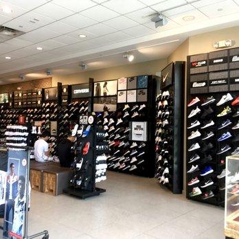 2cb24b7e4cdcb5 Foot Locker - 12 Photos   45 Reviews - Shoe Stores - 4545 La Jolla ...
