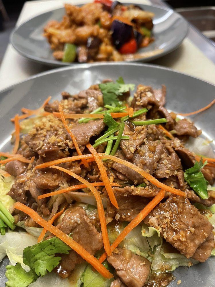 Thai Tasty: 9621D N State St, Redwood Valley, CA