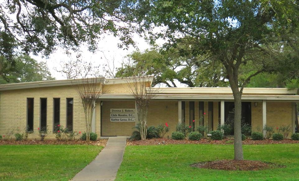 Baker Chiropractic Center: 100 Plantation Dr, Lake Jackson, TX