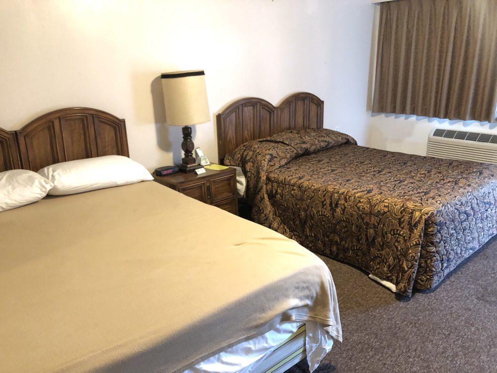 Rest Assured Inns & Suites: 745 Washington St, Montpelier, ID