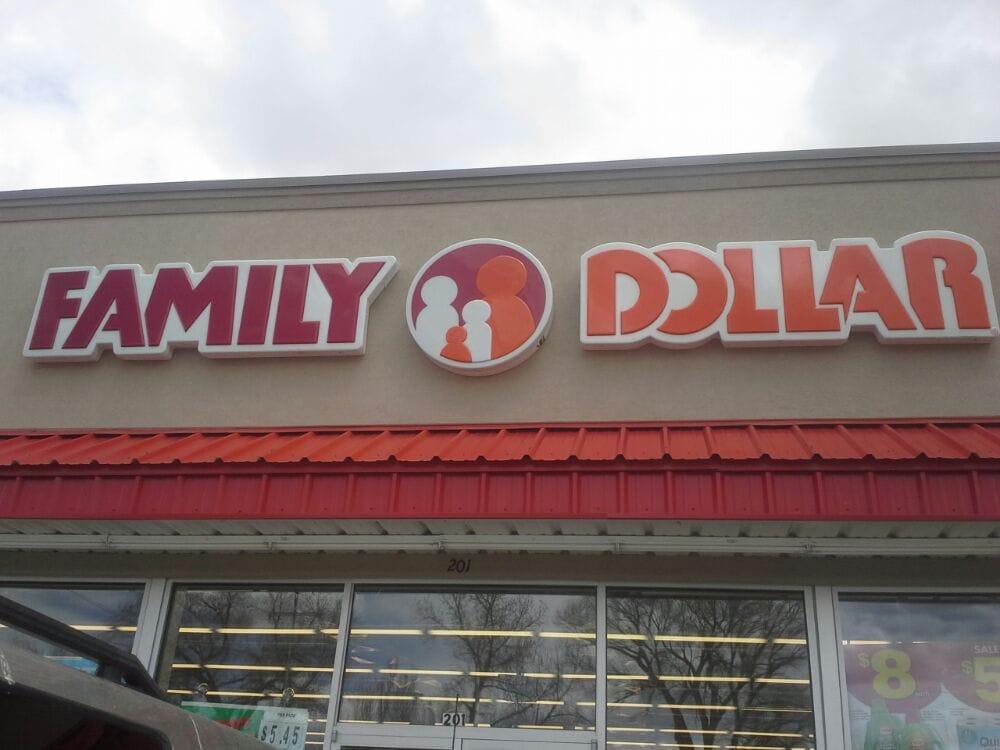 Family Dollar: 200 1st St, Saratoga, WY