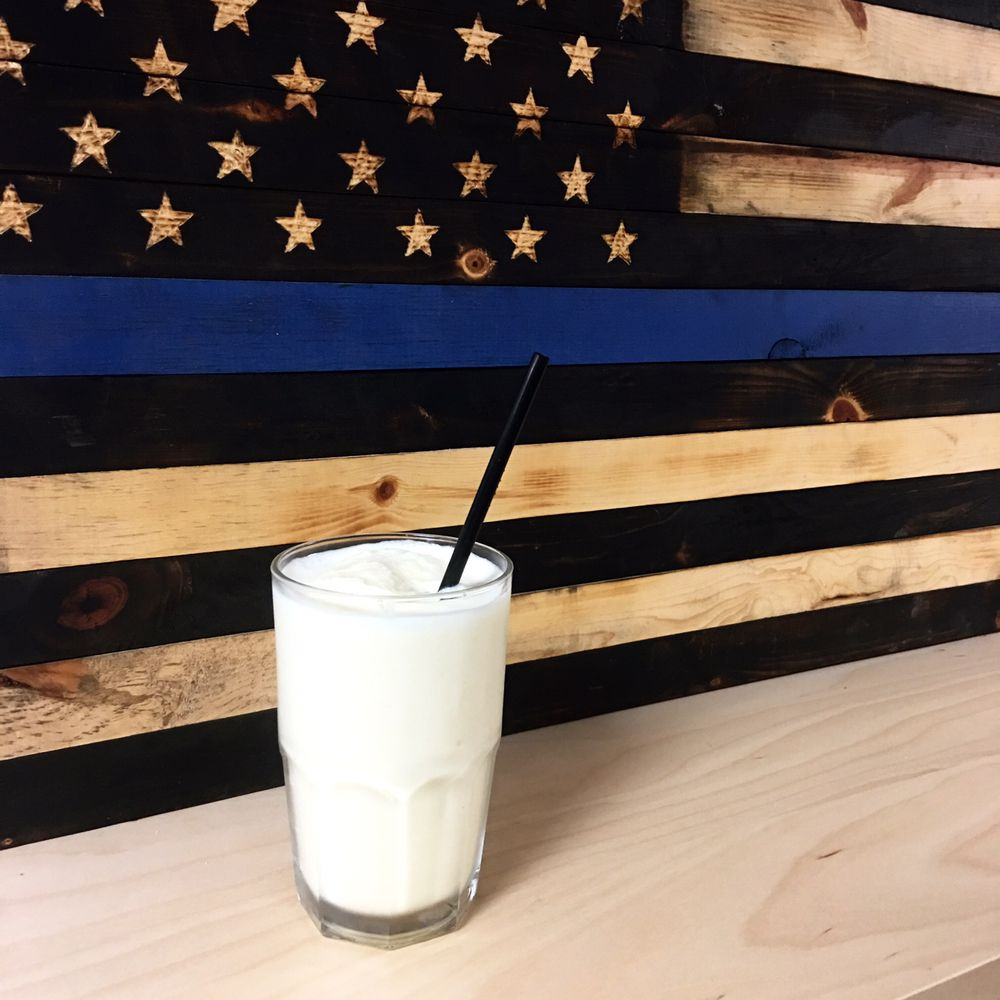 The Coffee Counter: 112 E Main St, Fairfield, IL