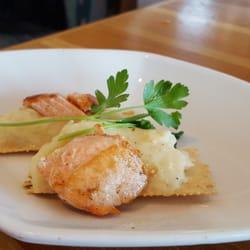 Anthonys Restaurant 77 Photos 112 Reviews Seafood 8827 N