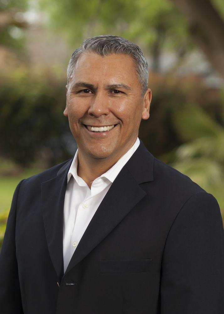 Wayne Ramirez - Motif Boutique Brokerage