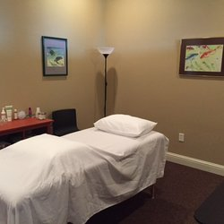 Photo of Yellow Dragon Acupuncture - New Braunfels, TX, United States.  Treatment Room