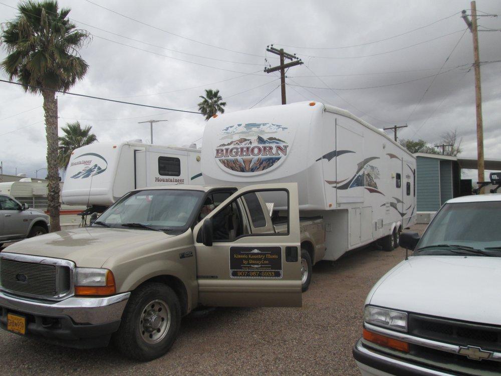 High Chaparral Rv Park: 7575 W Battaglia Dr, Casa Grande, AZ