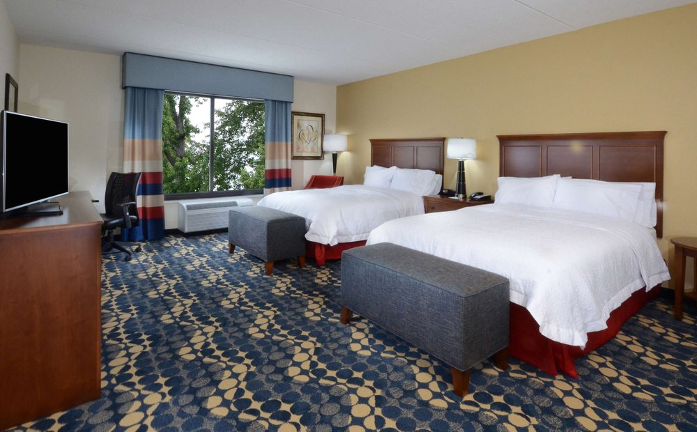 Hampton Inn & Suites Lynchburg: 3600 Liberty Mountain Dr, Lynchburg, VA