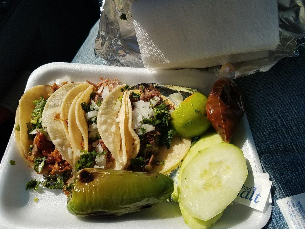 Mi Pueblo Taqueria: 111 US-62, Brownfield, TX