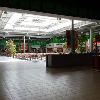 photo of las plazas outlet guadalajara jalisco mexico rea de comida