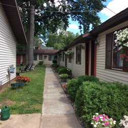 Photo Of Pullman Motel Rice Lake Wi United States Walk Way To