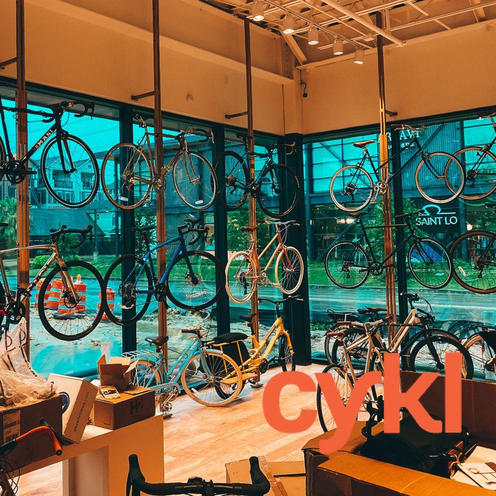 Cykl: 707 Yale St, Houston, TX