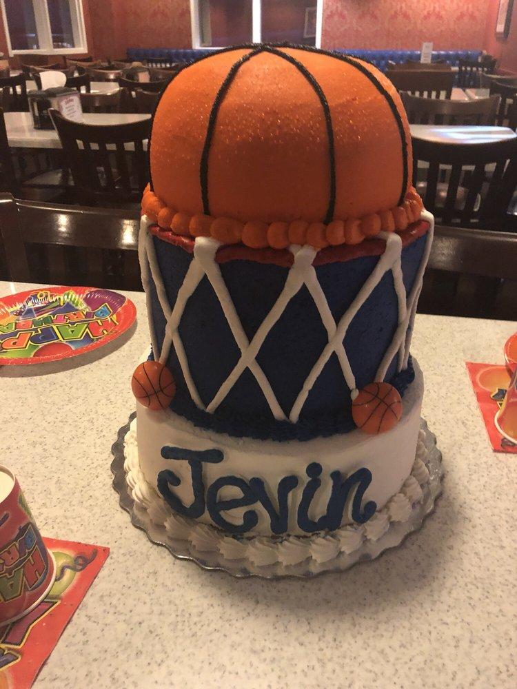 Cake Design Done By Gretchen