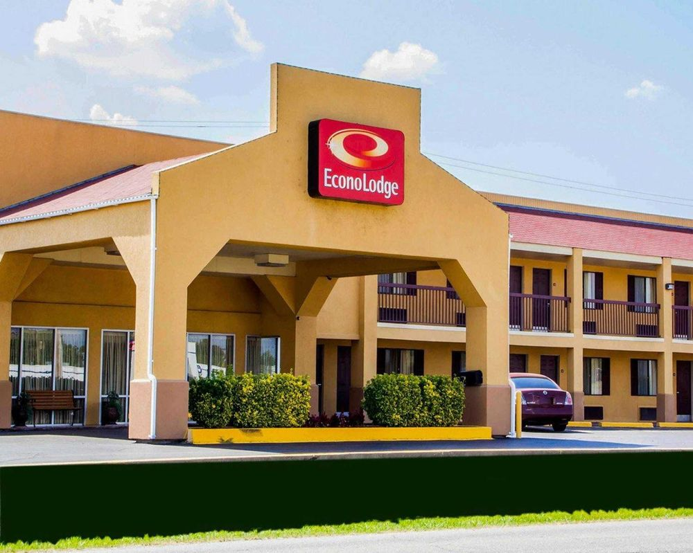 Econo Lodge McAlester: 731 S George Nigh Expwy, McAlester, OK