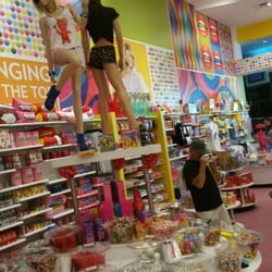 """Oct 04, · Photo of IT'SUGAR - Atlantic City, NJ, United States by Sy Y. See all photos """"The giant gummy bear, box of nerds and chocolate syrup bottle is insane."""" in 5 reviews/5(77)."""